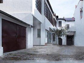 Casa de închiriat 10 camere, în Bucuresti, zona Calea Victoriei