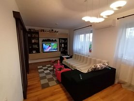 Casa de vânzare 4 camere, în Bucureşti, zona Titan