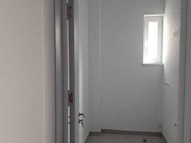 Casa de închiriat 2 camere, în Bucureşti, zona Calea Călăraşilor