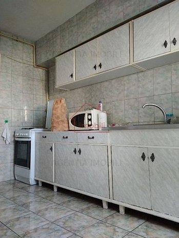 Apartament 3 camere in Zorilor - imaginea 1