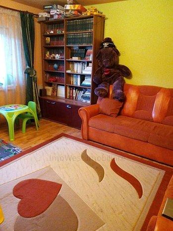 3 camere, Baba-Dochia, Decomandat, Centala , 2 Bai - imaginea 1
