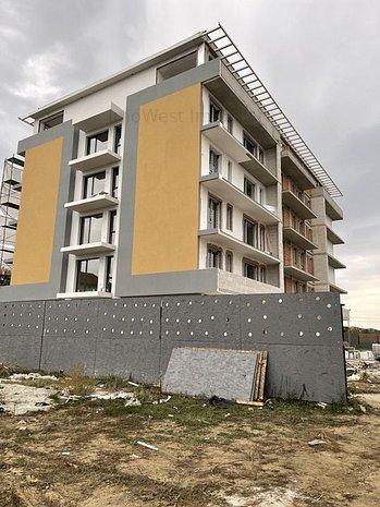 Giroc-Eso, bloc cu lift, 1, 2 si 3 camere, comision 0% - imaginea 1