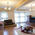 Casa de vânzare 8 camere, în Mosnita Noua