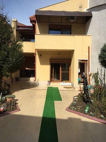 EXCLUSIVITATE Vila Centru Casa Casatoriilor R5 - imaginea 1