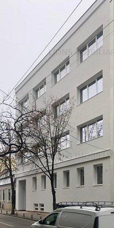 Imobil D+P+3E de inchiriat ultracentral - imaginea 1