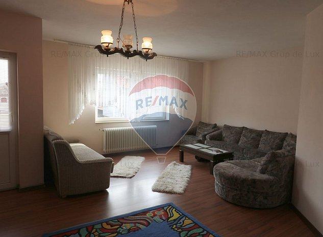 Apartament cu 3 camere superb in Lazaret - imaginea 1