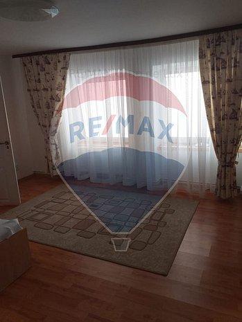 Apartament 2 camere in zona Ultracentral - imaginea 1