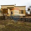 Casa de vânzare 8 camere, în Sibiu, zona Trei Stejari