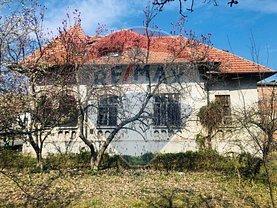 Casa de vânzare 3 camere, în Râmnicu Vâlcea, zona Central