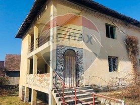 Casa de vânzare 5 camere, în Călimăneşti, zona Est