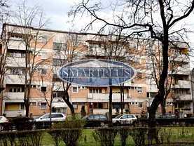 Apartament de vânzare 4 camere, în Satu Mare, zona Semicentral