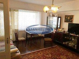 Apartament de vânzare 3 camere, în Satu Mare, zona Carpati 2