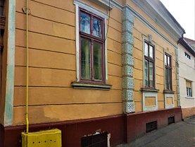 Casa de vânzare 9 camere, în Satu Mare, zona Ultracentral