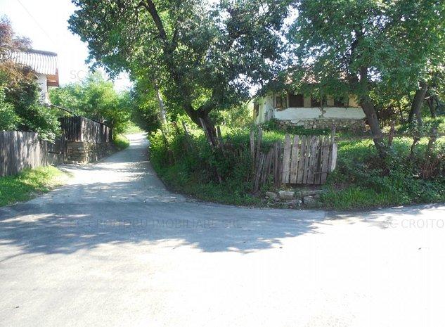 Vanzare teren intravilan  Ramnicu Valcea - zona Aranghel - imaginea 1