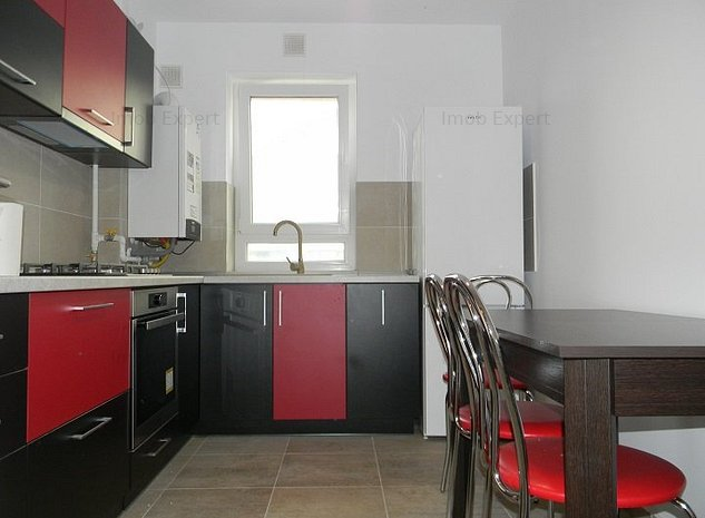 Inchiriez apartament 2 camere, cartier Coresi - imaginea 1