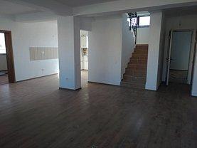 Casa de vânzare 5 camere, în Sânpetru, zona Est