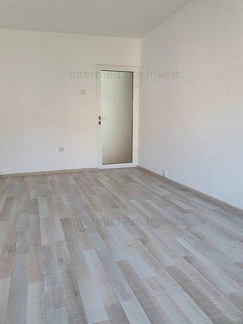 Cet apartament decomandat cu cenyrala pret 52.000E - imaginea 1
