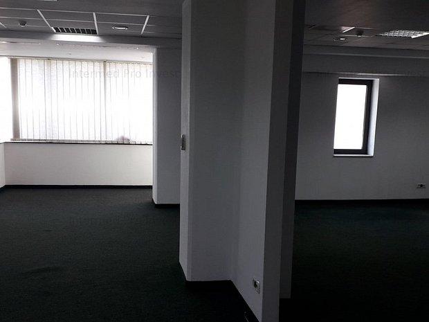 Spatiu birouri ultracentral - imaginea 2