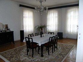 Casa de închiriat 12 camere, în Craiova, zona Central