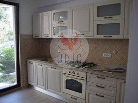 Casa de închiriat 5 camere, în Craiova, zona Brazda lui Novac