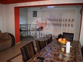 Casa de vânzare 4 camere, în Craiova, zona Brestei