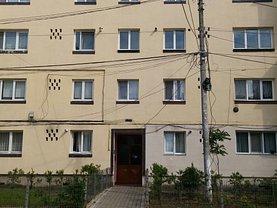 Apartament de vânzare 2 camere, în Plopeni