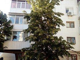 Apartament de vânzare 3 camere, în Buzau, zona Brosteni