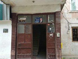 Apartament de vânzare 2 camere, în Hateg, zona Central