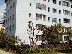 Apartament de vânzare 3 camere, în Vatra Dornei, zona Central
