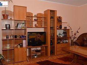 Apartament de vânzare 3 camere, în Botosani, zona Sud-Vest