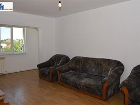 Apartament de vânzare 3 camere în Botosani, Nord-Est