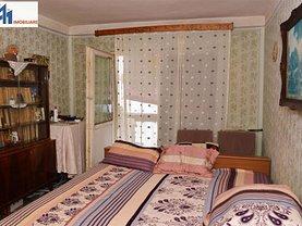 Apartament de vânzare 4 camere, în Botoşani, zona Central