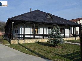 Casa de vânzare 11 camere, în Stancesti