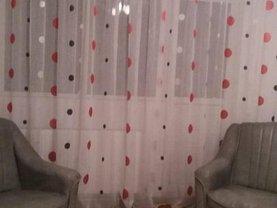 Apartament de vânzare 3 camere, în Gaesti, zona Central