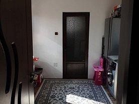 Casa de vânzare 3 camere, în Bucuresti, zona Baicului