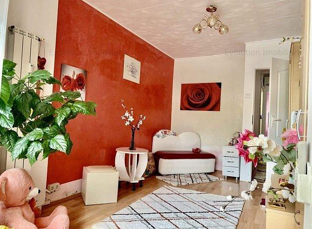 Semicentral-apartament 3 camere-85 mp-Spatios si luminos-etaj 1! - imaginea 1