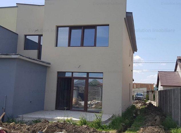 Mosnita Noua-1/2 duplex- 4 camere-garaj- 135000 Euro  - imaginea 1