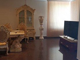 Casa de închiriat 8 camere, în Timisoara, zona Lipovei