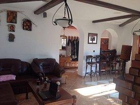 Casa de vânzare 18 camere, în Eforie Nord, zona Central