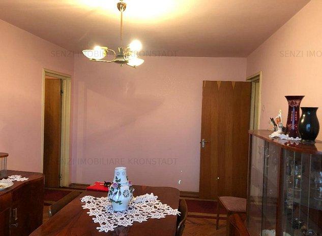 Apartament 3 camere, zona Centrul Civic - imaginea 1