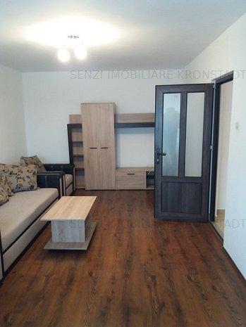 Apartament 2 camere, zona Centrul Civic - imaginea 1