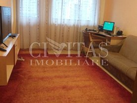 Apartament de vânzare 3 camere, în Cluj-Napoca, zona Mărăşti