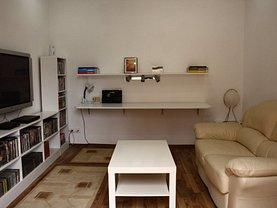 Casa 3 camere în Bucuresti, Panduri