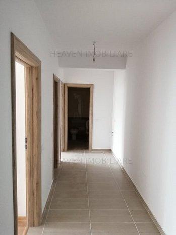 Apartament 3 camere 15 minute de metrou. Prima CASA - imaginea 1