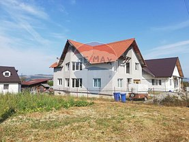 Casa de vânzare 4 camere, în Dej, zona Est