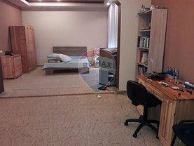 Casa de închiriat 6 camere, în Oradea, zona Rogerius