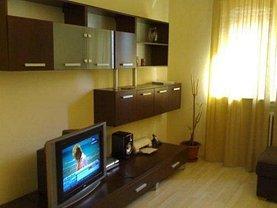 Apartament de închiriat 3 camere, în Botosani, zona Central