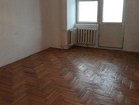 Apartament de vânzare 3 camere în Targoviste, Micro 11