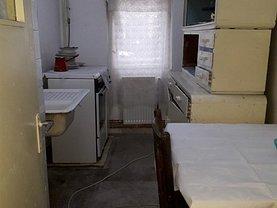 Apartament de vânzare 2 camere în Targoviste, Micro 8