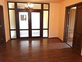 Apartament de vânzare 7 camere, în Targoviste, zona Ultracentral